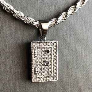 Other - 925 Sterling Silver Locked Safe Pendant with Chain